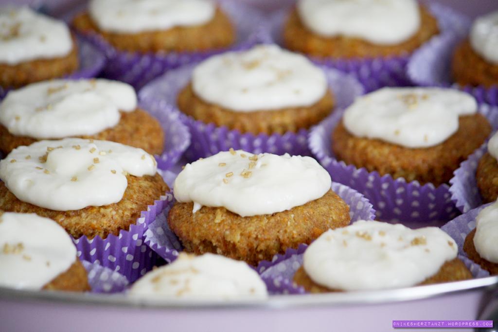 carrot cake, cocos, möhrenkuchen, rüblikuchen, karottenkuchen, cupcakes, food, blog, nikesherztanzt