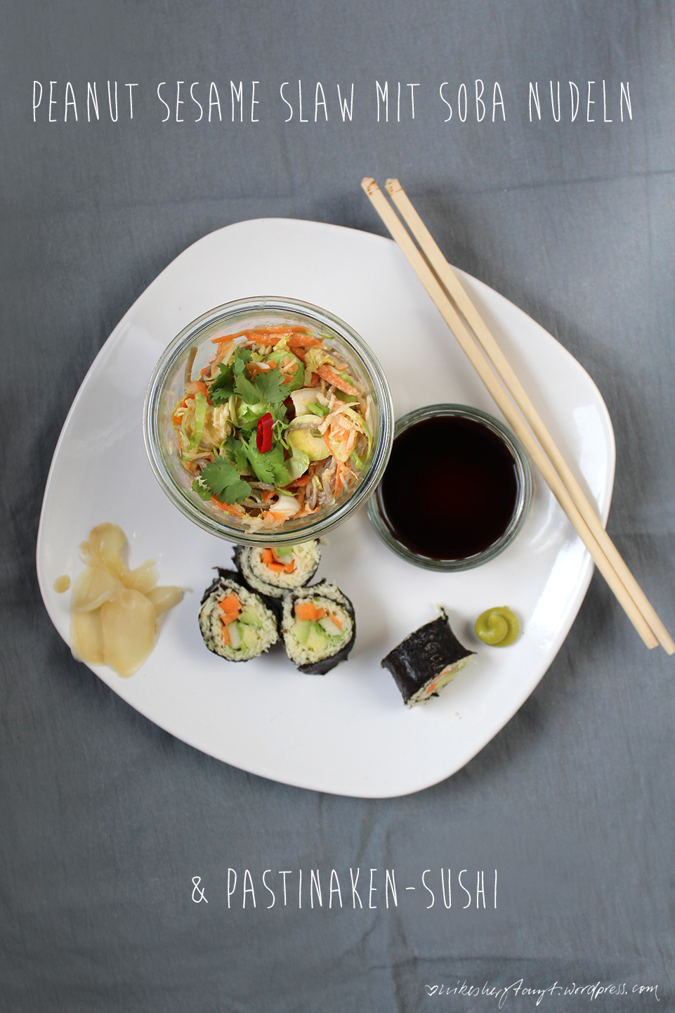 peanut seame slaw mit sobanudeln & pastinaken sushi // https://nikesherztanzt.de