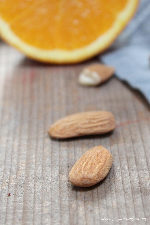 spanischer mandel-orangen-geburtstagskuchen. // nikesherztanzt
