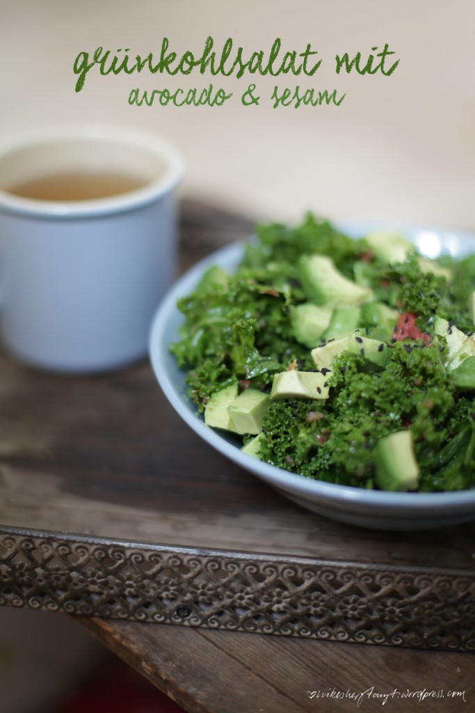 grünkohl,salat, kale, avocado, sesam, grapefruit,vitamine, nikesherztanzt