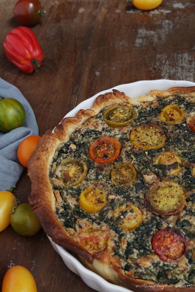 spinat, bunte tomaten, quiche, vegan, nikesherztanzt