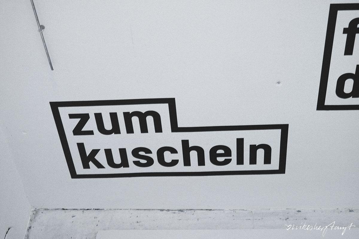 platzhalter, krefeld, ausstellung, #nikeskrefeld, westwall, kunst, blattwerk, design, haus ramrath, platz da, gestaltung, blog, nikesherztanzt