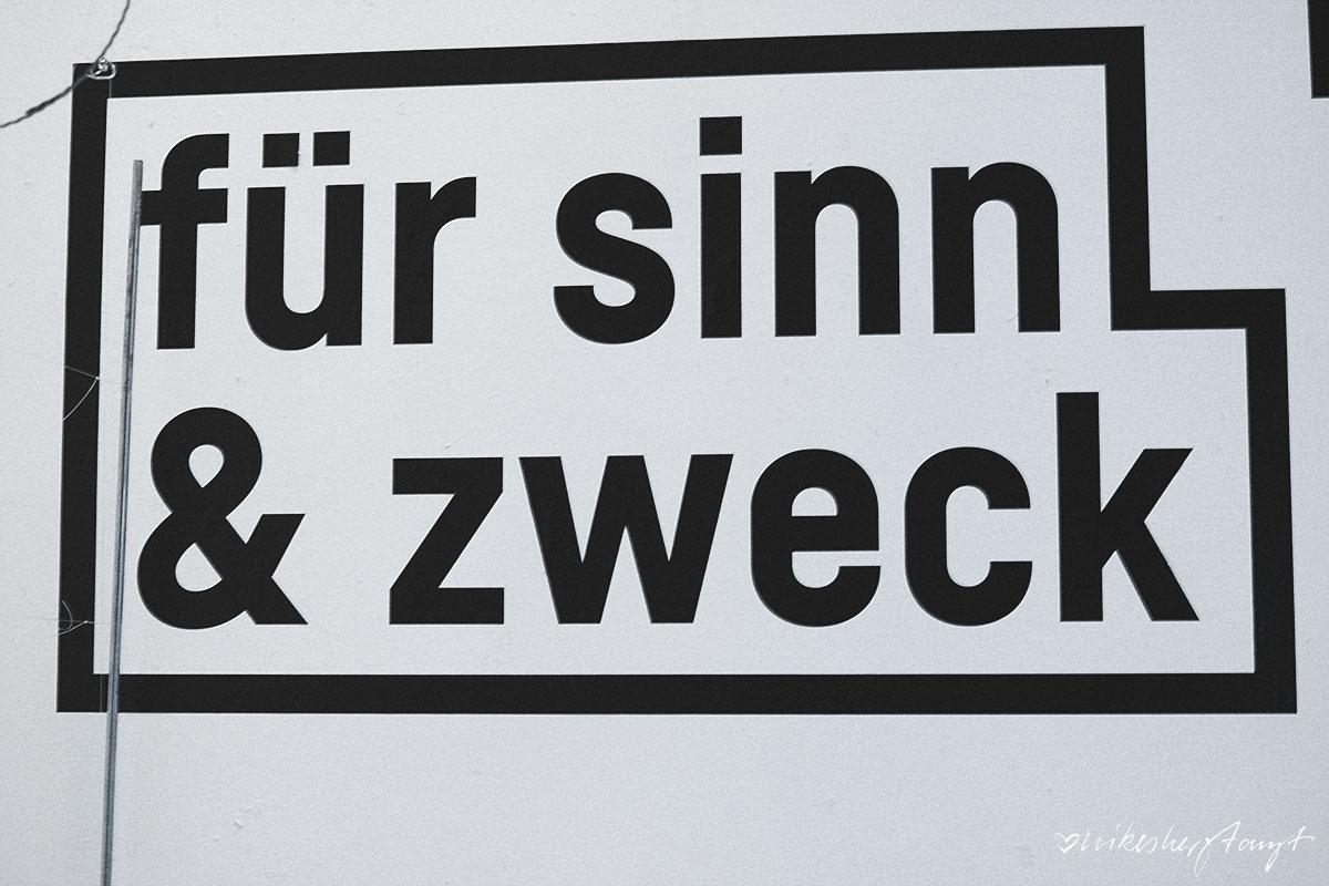 platzhalter, krefeld, ausstellung, #nikeskrefeld, westwall, blattwerk, kunst, design, haus ramrath, platz da, gestaltung, blog, nikesherztanzt