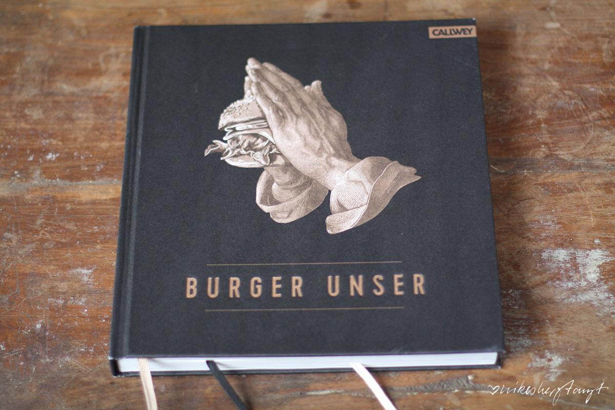 erdbeerburger, erdbeeren, burger unser, burger, brioche buns, pudding, rhabarber, nikesherztanzt, food, blog