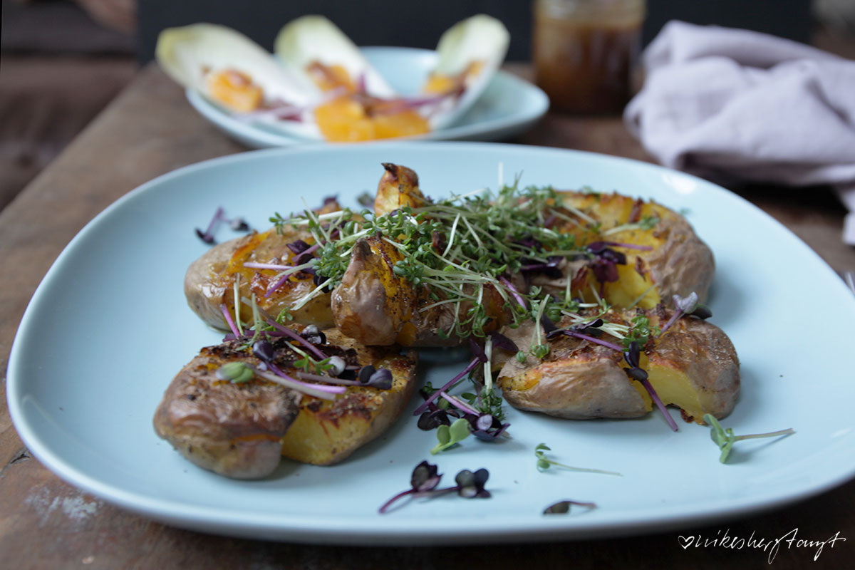 smashed potatoes, kresse, kartoffeln, salat, chicoré, orangen, nikesherztanzt, food, blog