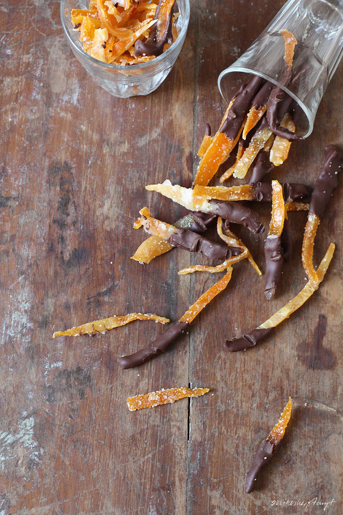 kandierte orangenschalen mit zucker und zartbitter schokolade, nikesherztanzt