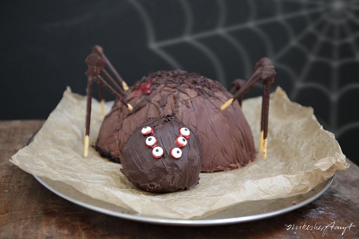 spinnenkuchen für die halloweenparty.