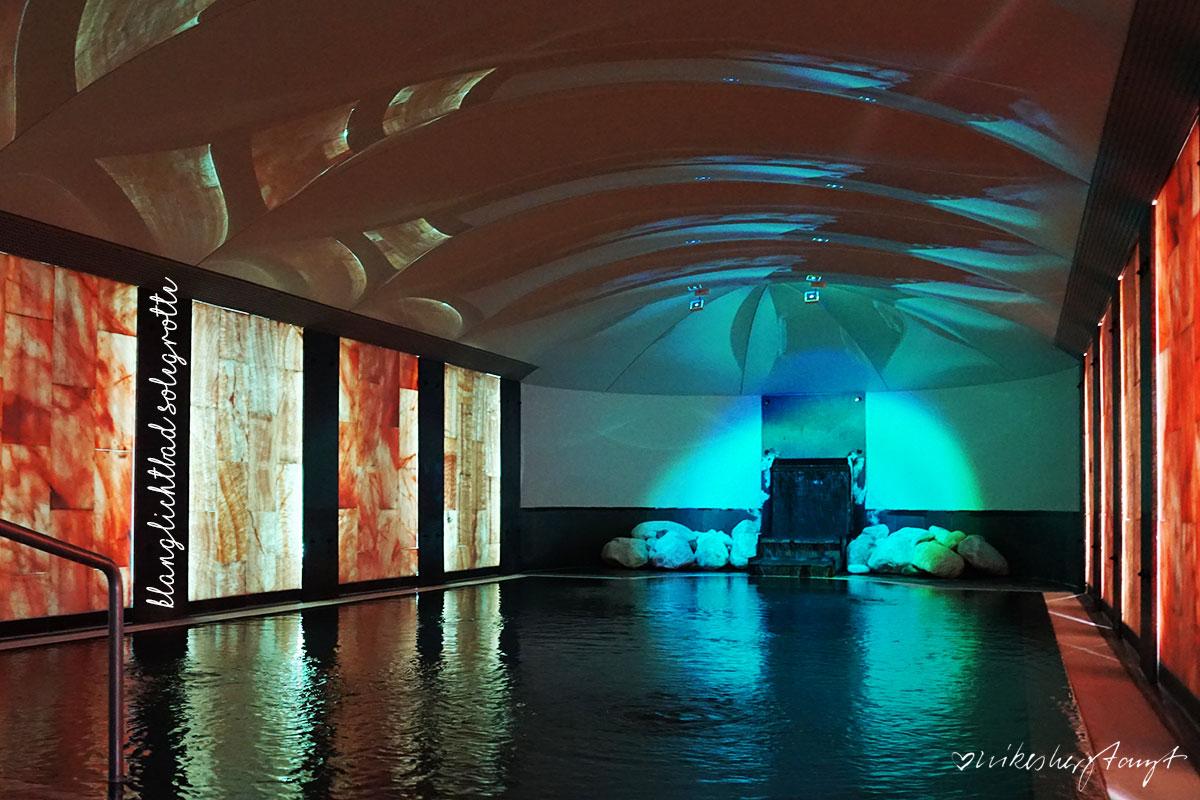 Klanglichtbad Solegrotte – schwerelos im Salzwasser schweben - Lindner Hotel & Spa Binshof - ein Wellness Wochenende // nikesherztanzt